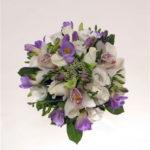 ramo-de-novia-bouquet de rosas fressia y cymbidium