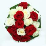 ramo-de-novia-bouquet de rosas blancas y rojas